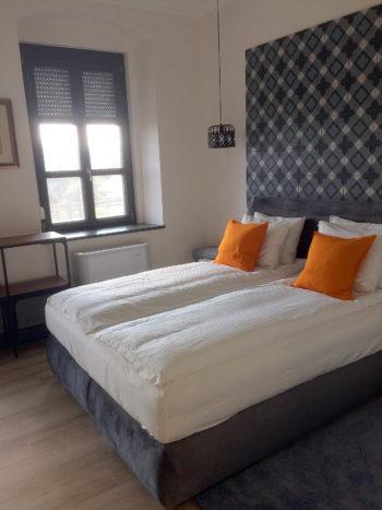 2. szoba Katzer Villa 1