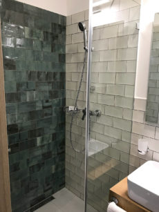 6. szoba fürdő Katzer Villa